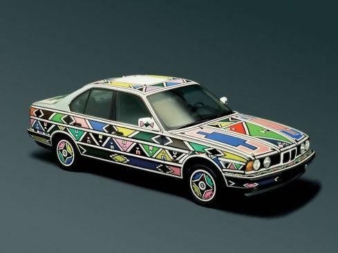 12 - 1991 BMW 525i por Esther Mahlangu