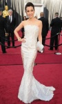 bugs_oscar 2012_Red Carpet_Li Bingbing in Georges Chakra Couture