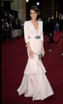 bugs_oscar 2012_Red Carpet_Louise Roe