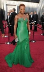 bugs_oscar 2012_Red Carpet_Viola Davis in Vera Wang