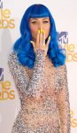 bugs_KatyPerry_Nails_16