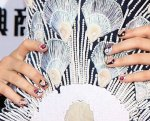 bugs_KatyPerry_Nails_23