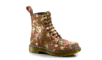 BUGS Street Style Dr Martens 34