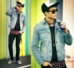 BUGS Street Style Jeans 25