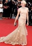 Naomi Watts veste Marchesa