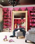 bugs_closet_4
