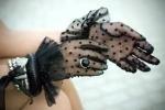 bugs_gloves_20