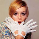 bugs_gloves_32