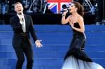 BUGS Diamond Jubilee SHOW Gary Barlow com Cheryl Cole