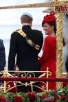 BUGS Jubileu da Rainha Look Kate Middleton Alexander McQueen 01