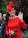 BUGS Jubileu da Rainha Look Kate Middleton Alexander McQueen 03
