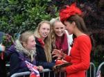 BUGS Jubileu da Rainha Look Kate Middleton Alexander McQueen 04